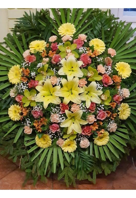 Vegyes koszorú sárga virágokból_S